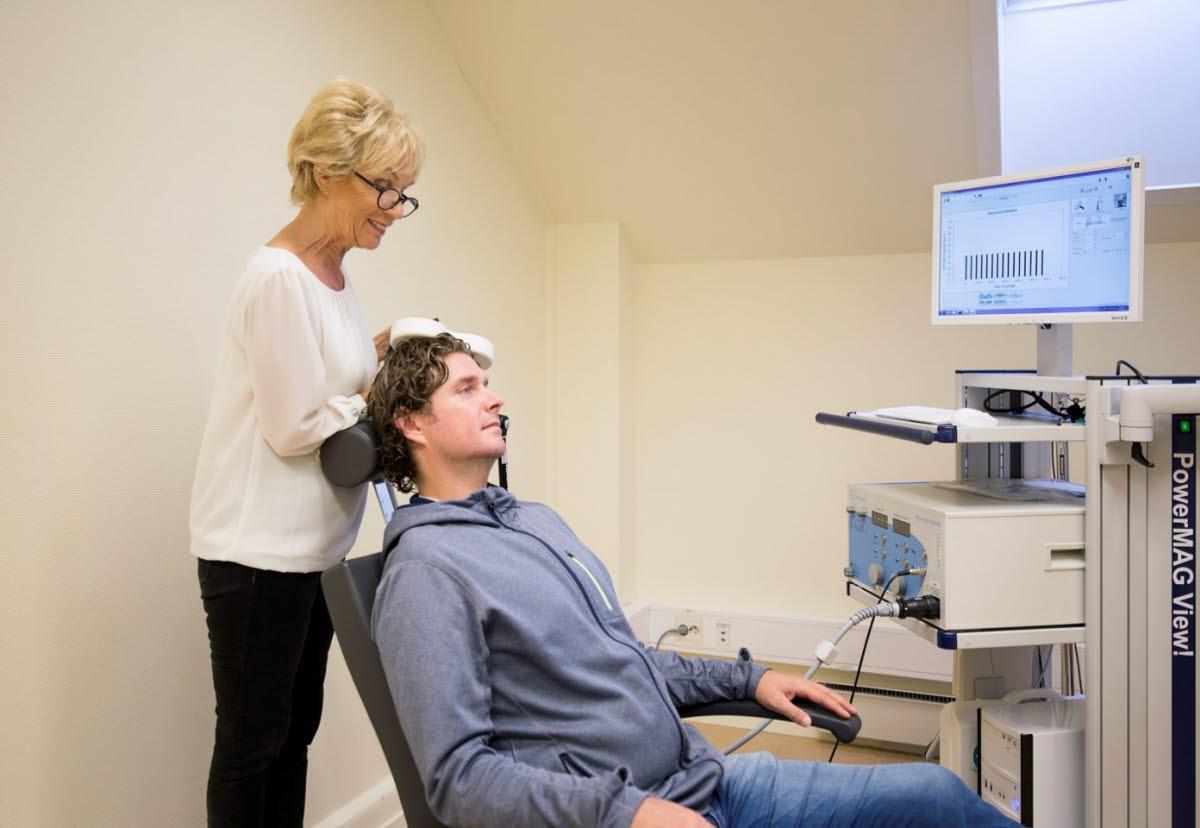Psykiatrisk klinikk, Haukeland universitetssjukehus, transkraniell magnetisk stimulering